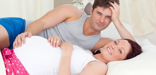 Муж регулярно смотрит порно с молоденькими